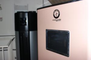 Solarboiler-Wärmepumpe bei der Installation in Bergen op Zoom