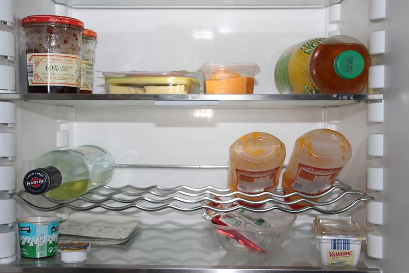 Energiesparen mit dem Kühlschrank - ein voller Kühlschrank verbraucht weniger Energie