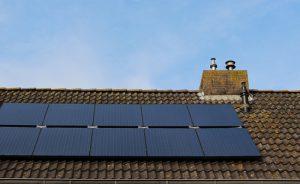 Hybride (PVT) Solarkollektoren auf dem Dach